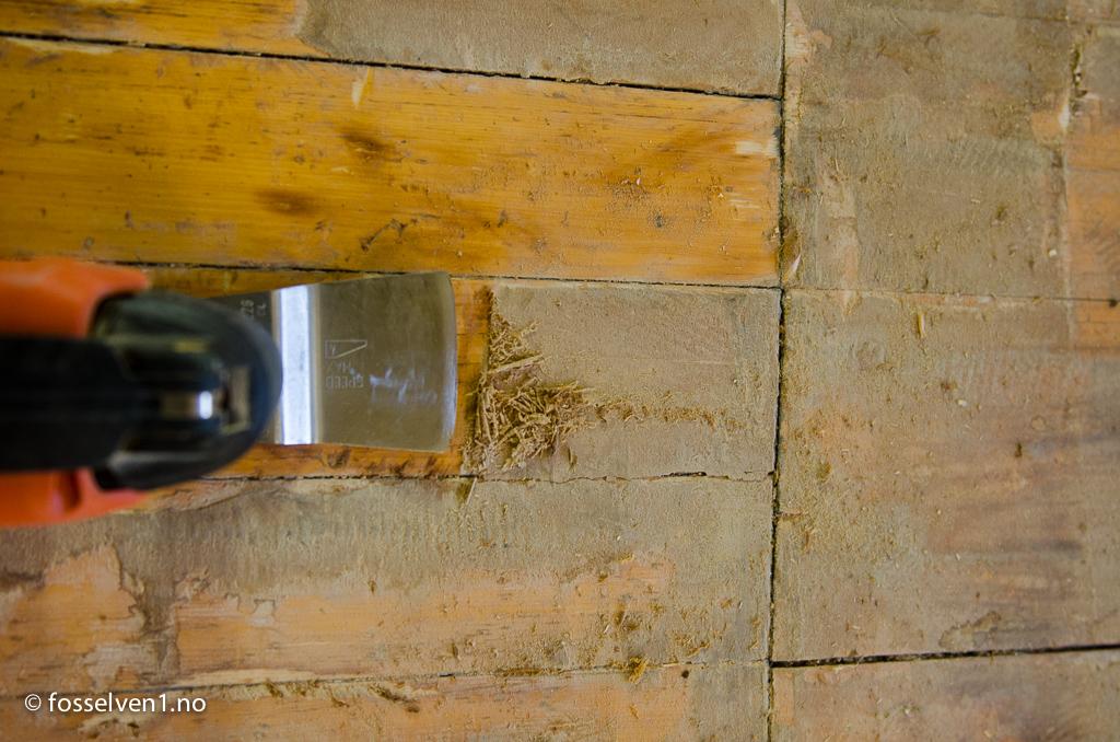Fjerne gulvbelegg fra tregulv